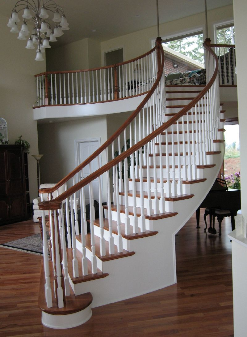 Bunker Hill newels and balusters installation