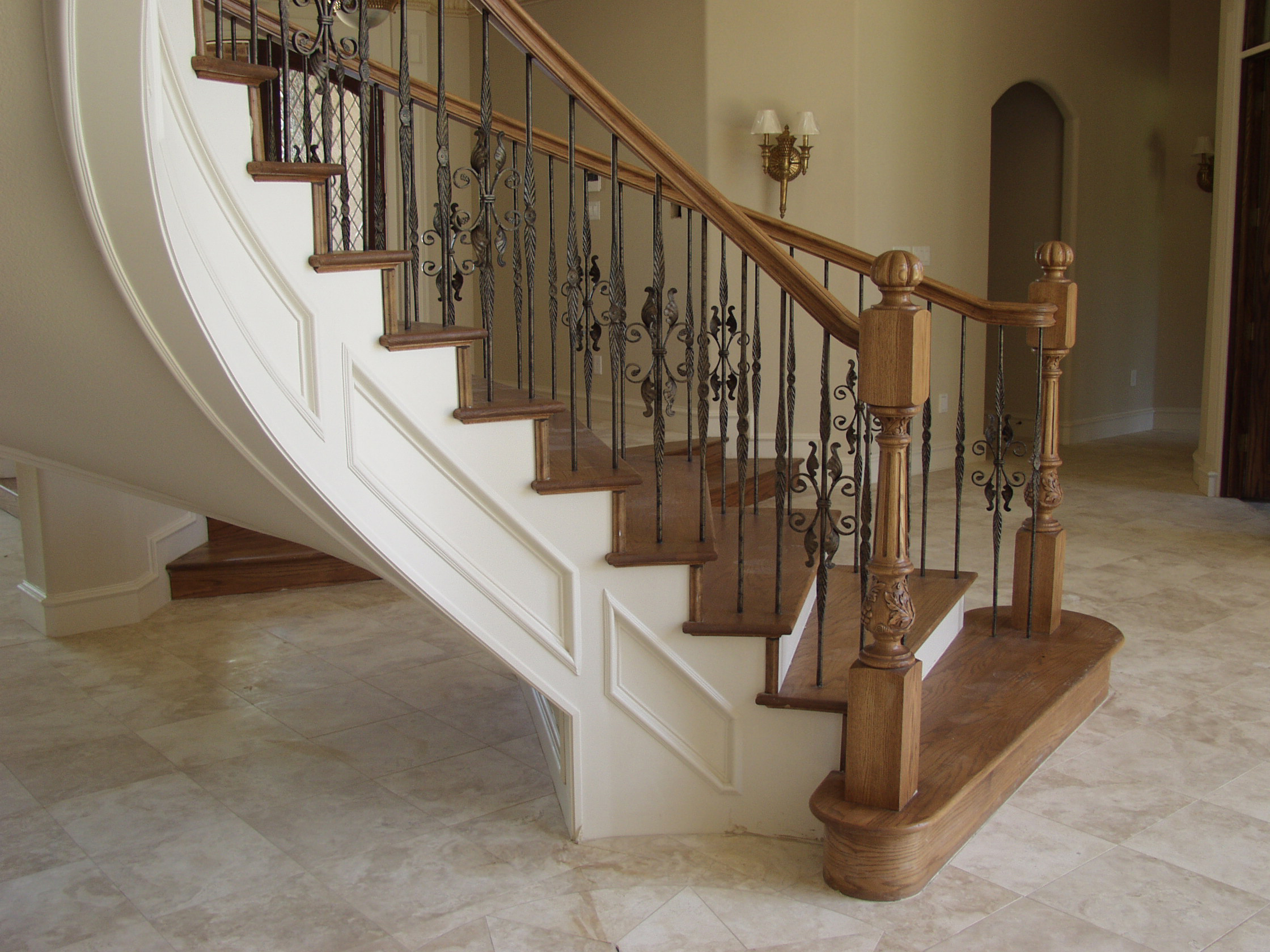 HF16.1.19 with Feathered Iron Balusters