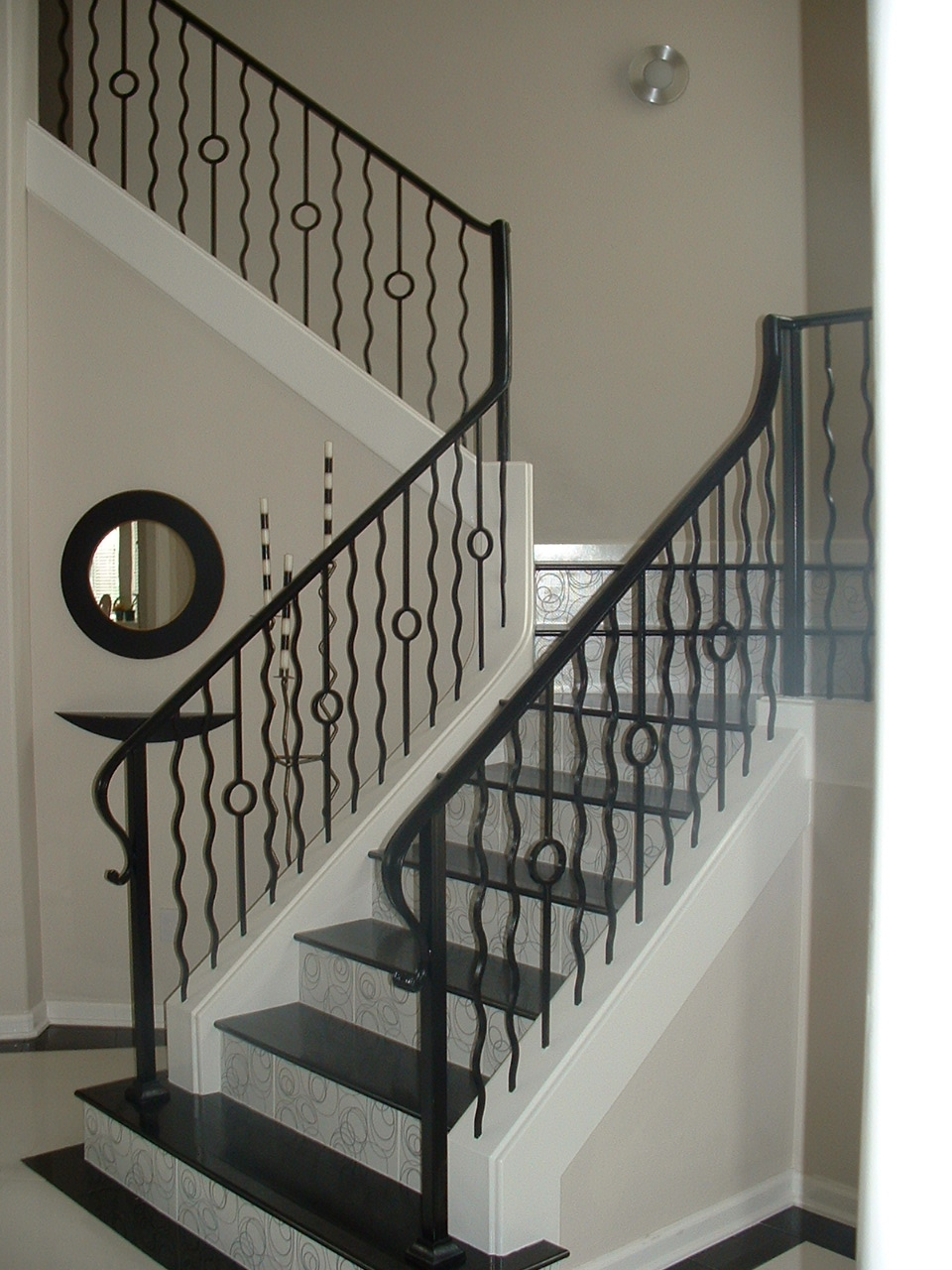 Rings and Wavy Baluster Combination